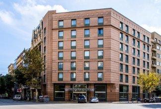 Отель Leonardo Hotel Barcelona Gran Via