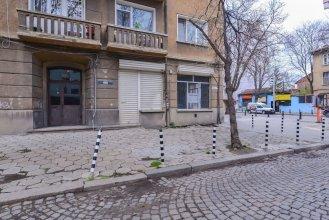 FM Deluxe 2-BDR Apartment - Rakovski street