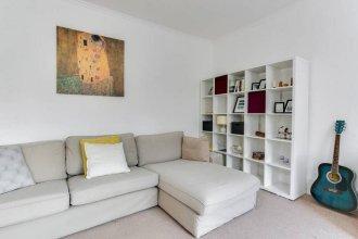 Sunny & Stylish 2bed Duplex in Maida Vale
