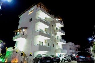 Atlantis Hotel & Apartments