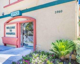 Rodeway Inn & Suites Pasadena