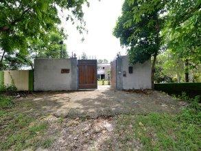 OYO 16928 Home Pool Side 2BHK Chakrata Road