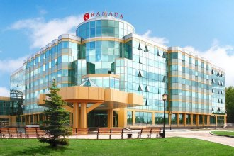 Отель Рамада Екатеринбург (Ramada Yekaterinburg)