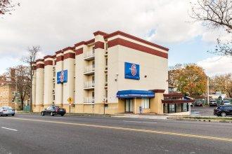 Motel 6 Washington, DC