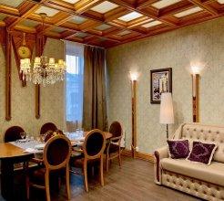 Majestic Apartment on Nevsky, 44