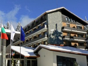 Hotel Finlandia- Half Board
