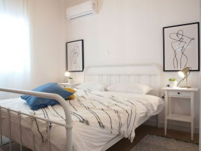 Breeze One Bedroom Apartment by BluPine