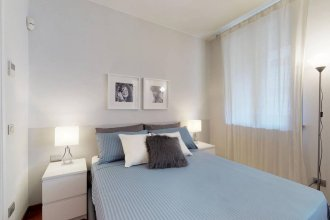 Design Apartment near Duomo square