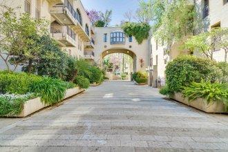 Mamilla Pool - David's Village - Jerusalem-Rent