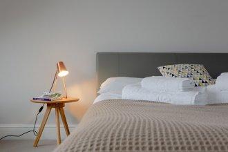 2 Bedroom Flat Next to Clapham Common