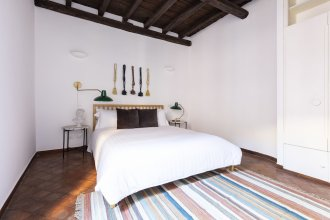 Beautiful Campo de Fiori Suites by Sonder