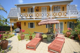 Cannon Cottage, 3BR by Jamaican Treasures