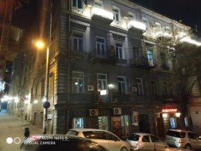 Хостел и апартаменты «Грибоедов»