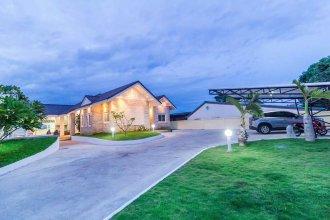 Baan Khaonoi Pool Villa
