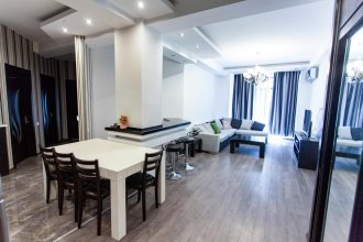 Tbilisi City Center Luxury Apartment #14