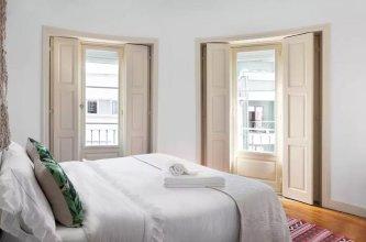 BOUTIQUE Rentals - Vintage 193 Apartment