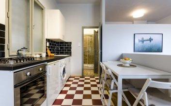 Bergamot Apartment