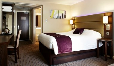 Premier Inn Edinburgh City Centre (Waverley)