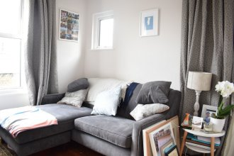 North London 2 Bedroom Flat With Roof Terrace