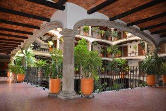 Hotel 1970 Posada Guadalajara, Curio Collection by Hilton