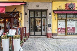 Oasis Apartments - Liszt Ferenc square