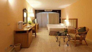 Room No.170 at Milford Paradise