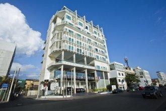 Mirage Colombo Hotel