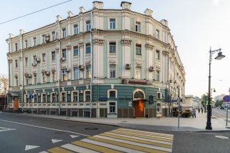 BRO Hostel