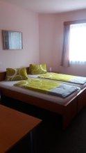 Hotel Khail