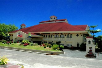 Vista Mar Beach Resort and Country Club