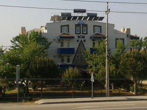 Zeytin Otel Altinoluk