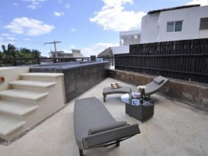 5-Star Luxury Condo with Private Pool!