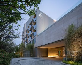 Joyze Hotel Xiamen, Curio Collection by Hilton