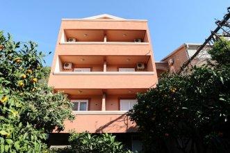D&R Boreta Apartments