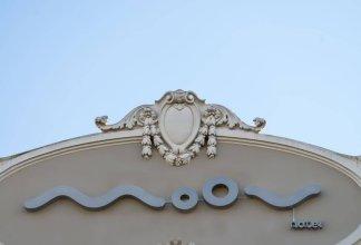 Hotel Moov