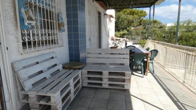 House With 4 Bedrooms in Palermo, With Wonderful sea View, Enclosed Ga