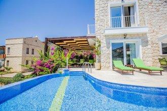 Villa Alfia by Akdenizvillam
