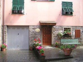Antica Porta Delle Cinque Terre