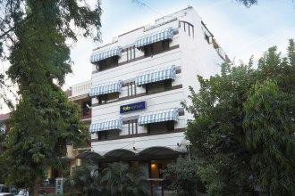 Fabhotel Aashraye Nehru Place