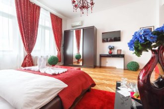 IZBA Red Square Guest House