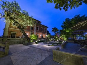 Xiamen Feisu Gulangyu Yangjiayuan Hotel