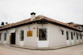 Hotel Palacio de Moctezuma