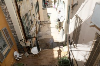 Apartment 3 persons in Port of Nice district near tramway