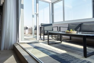 Dj City Vista Luxury Apartments