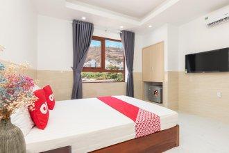 OYO 1008 Lien Thuy Hotel near Le Loi Hospital