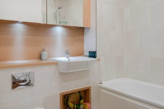 Lovely 1BR Flat for 2, Bromley by Bow