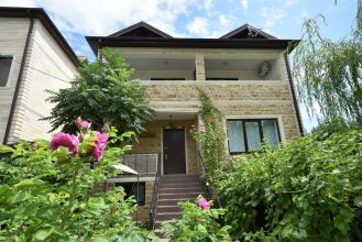 Guest House In Golubaya Bukhta
