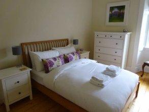 3 Bedroom Stockbridge Apartment