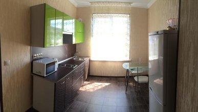 V Gostyakh U Minasa Guest House
