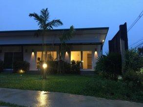 Malee Sirin Old Town Resort